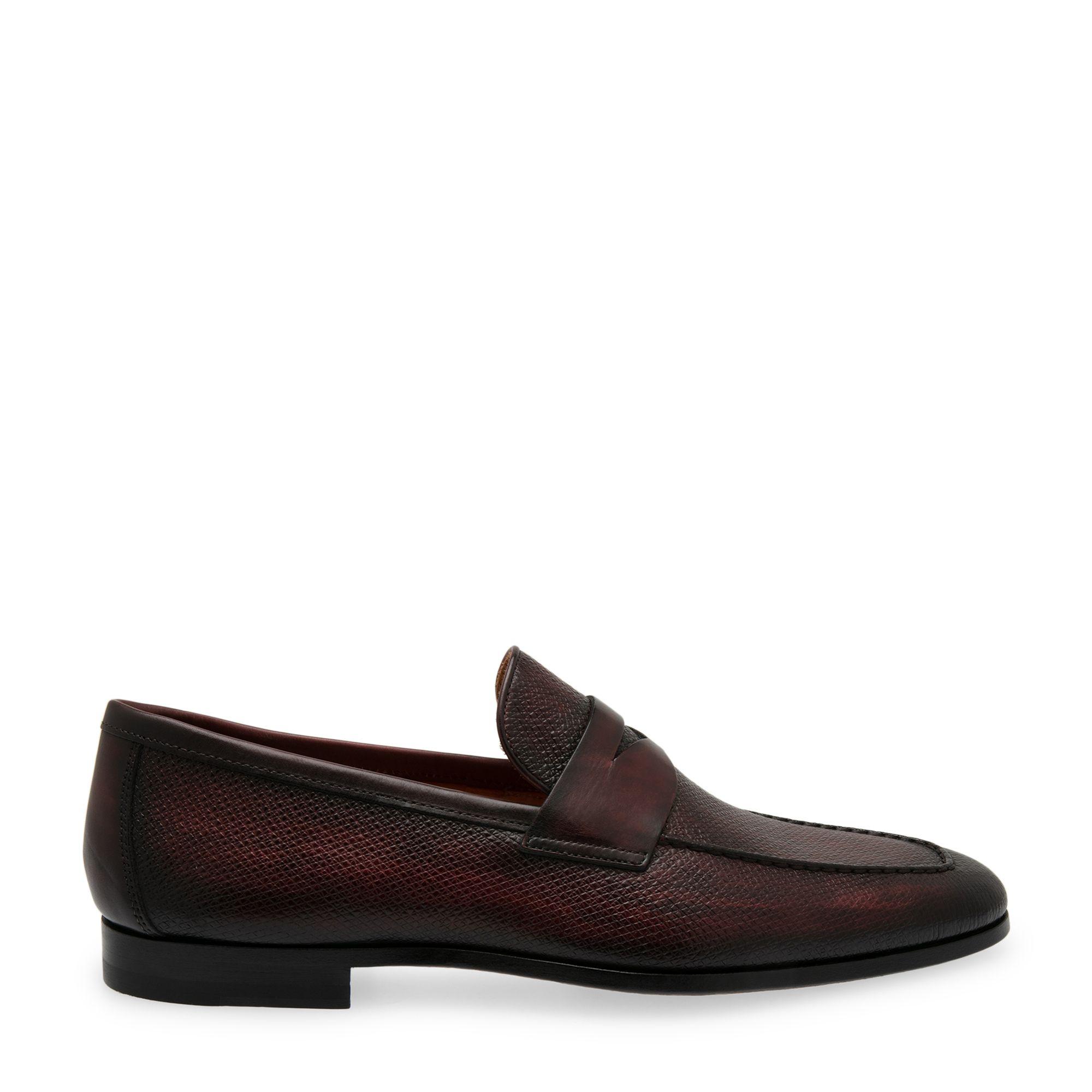 حذاء جلدي مسطّح دون أربطة