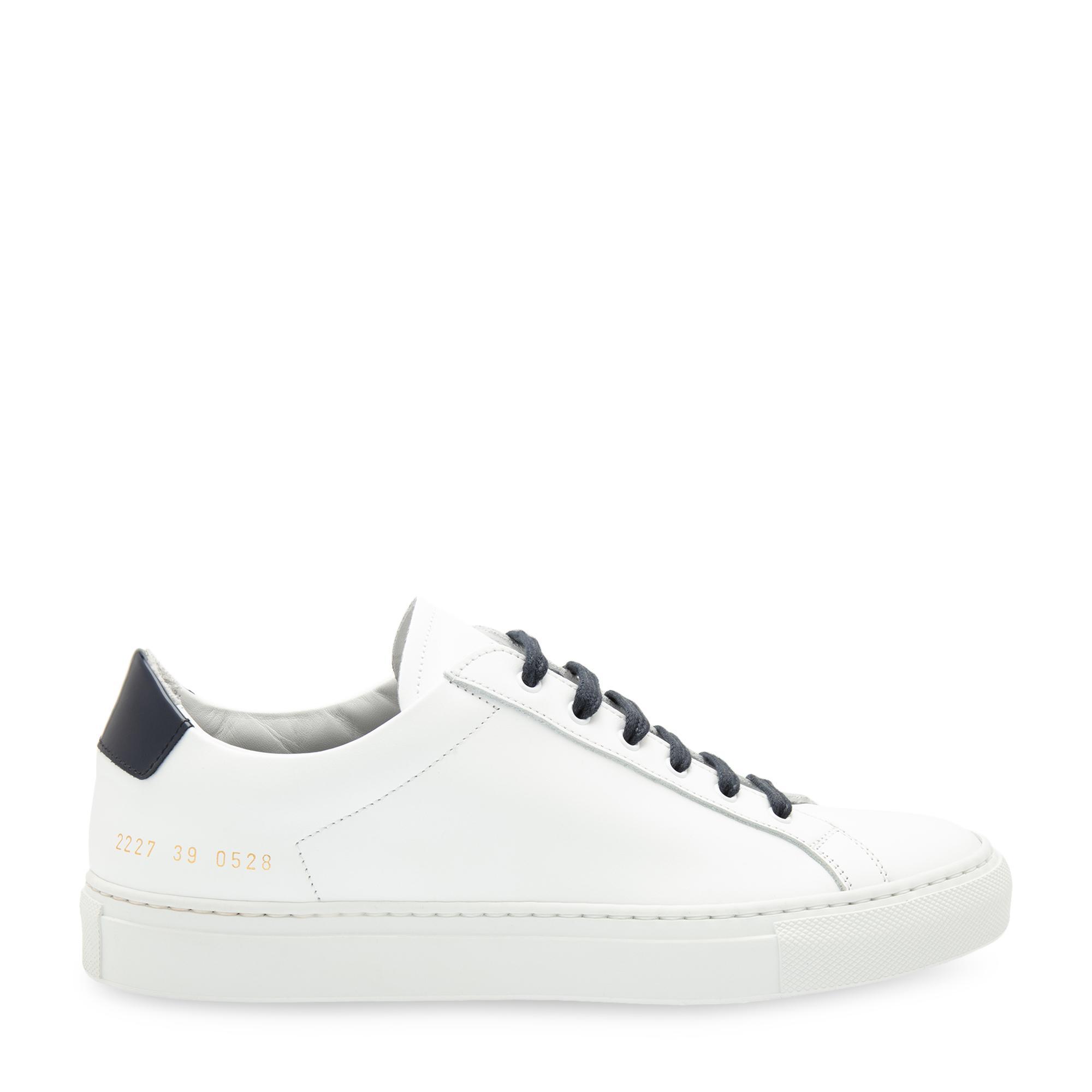 حذاء رياضي جلدي