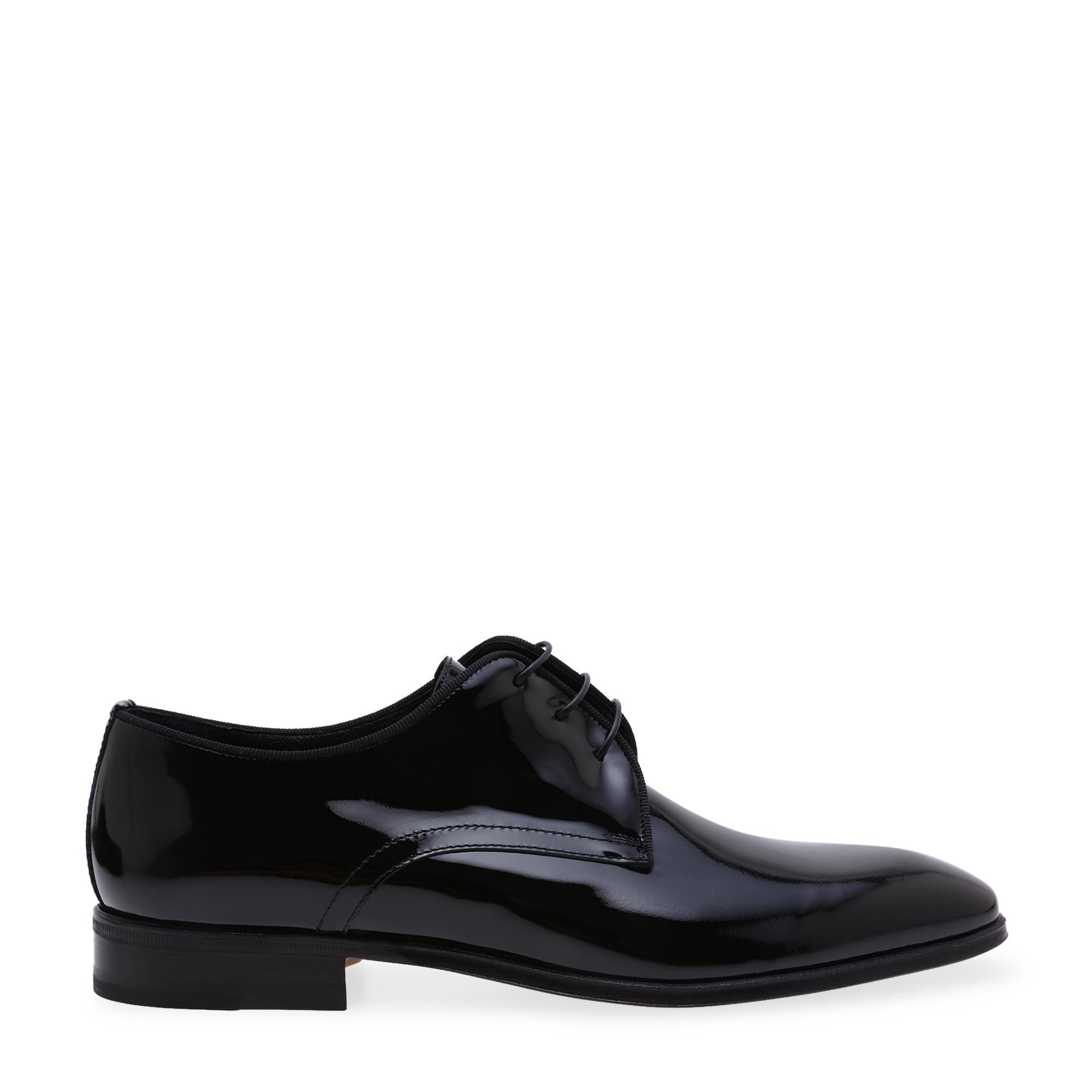 حذاء من الجلد الصناعي اللمّاع بطراز ديربي
