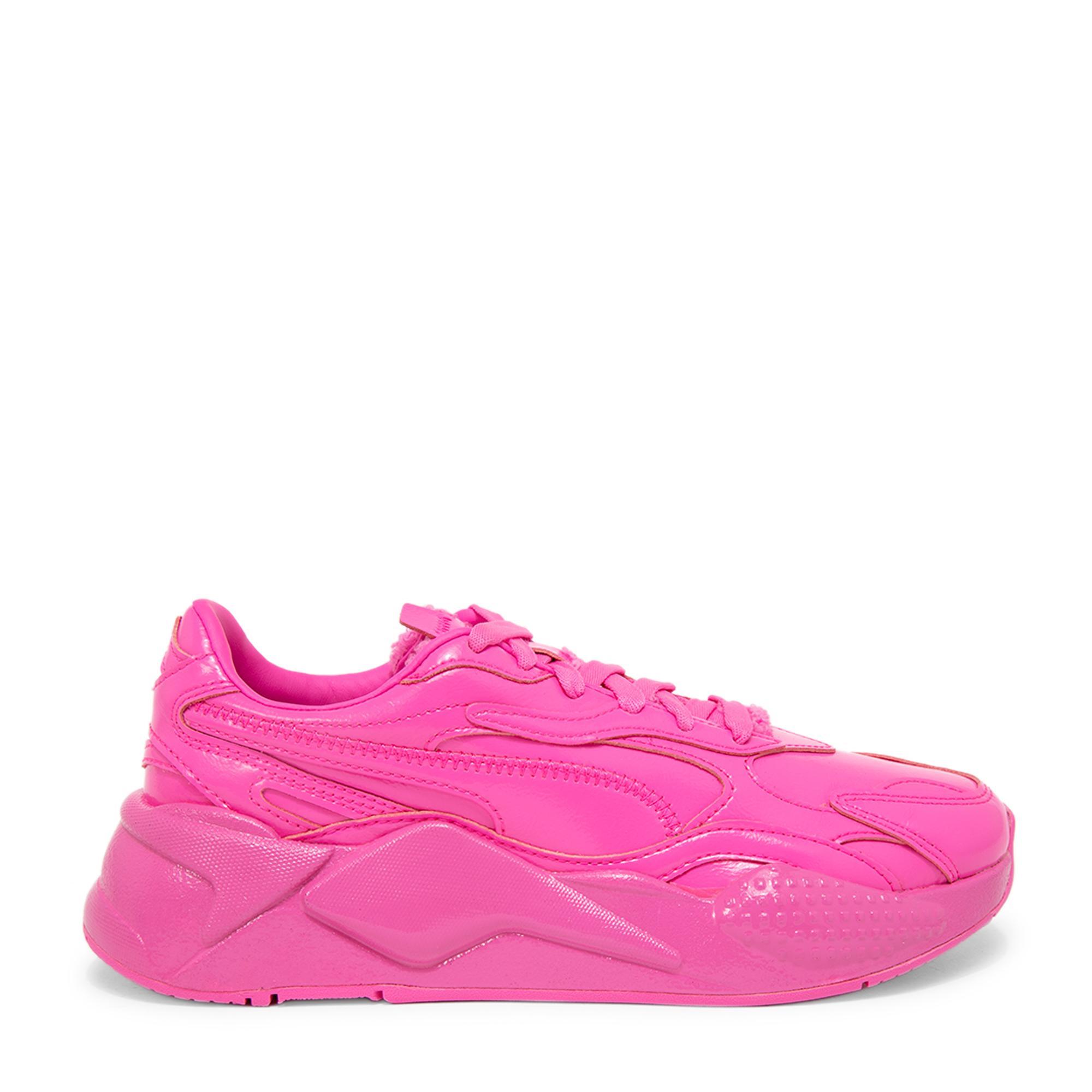 """الحذاء الرياضي """"آر إس-إكس3"""""""