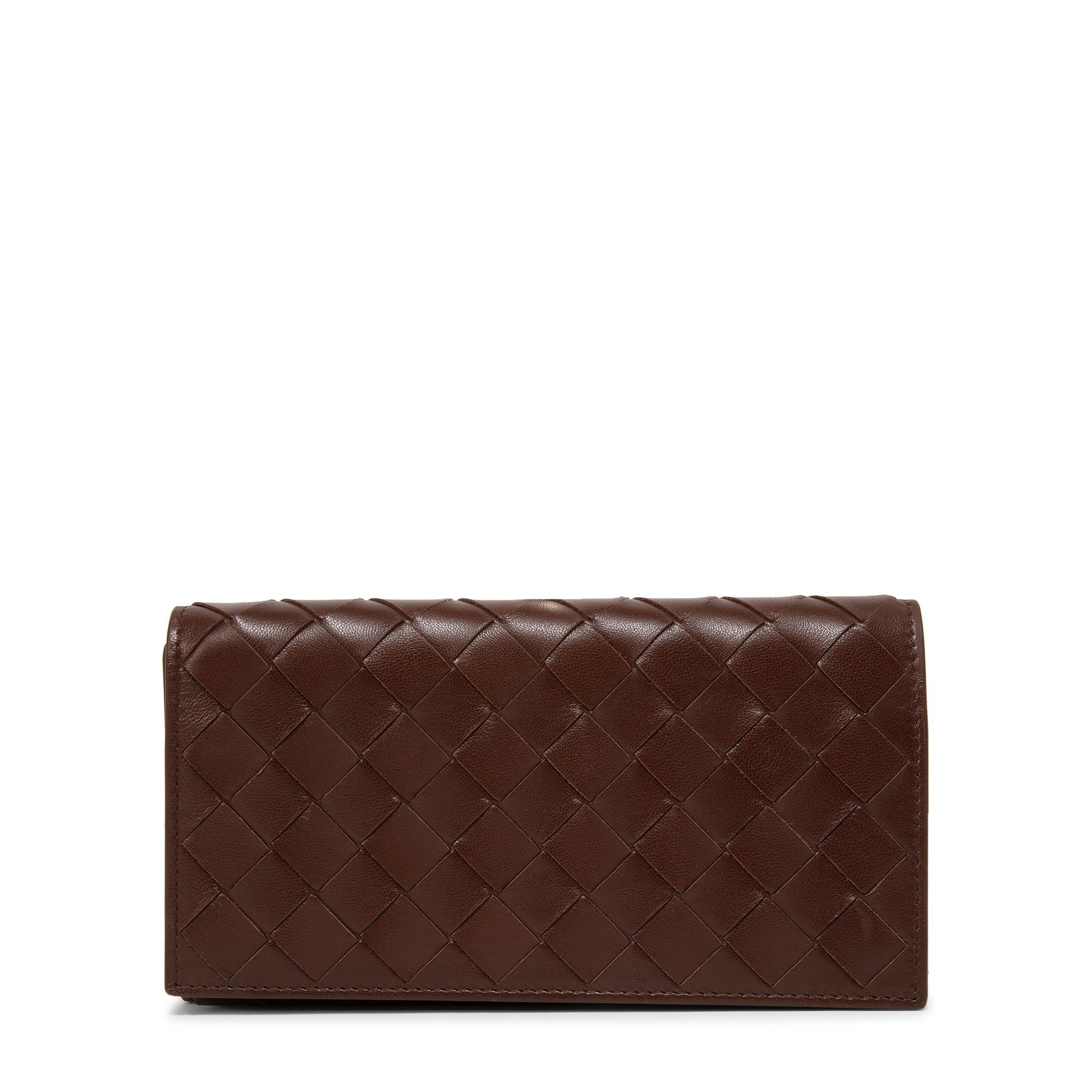 محفظة كونتينينتال بتصميم متداخل