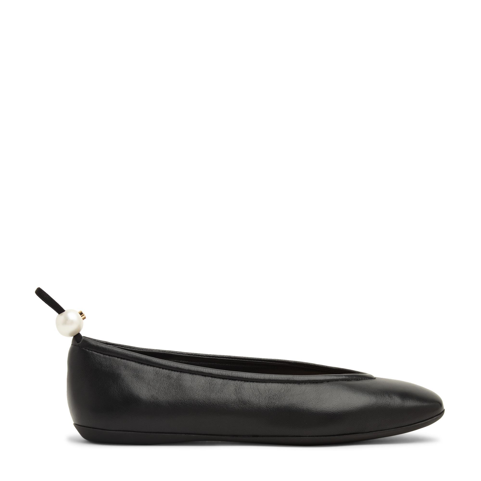 حذاء الباليه المسطح دلفي