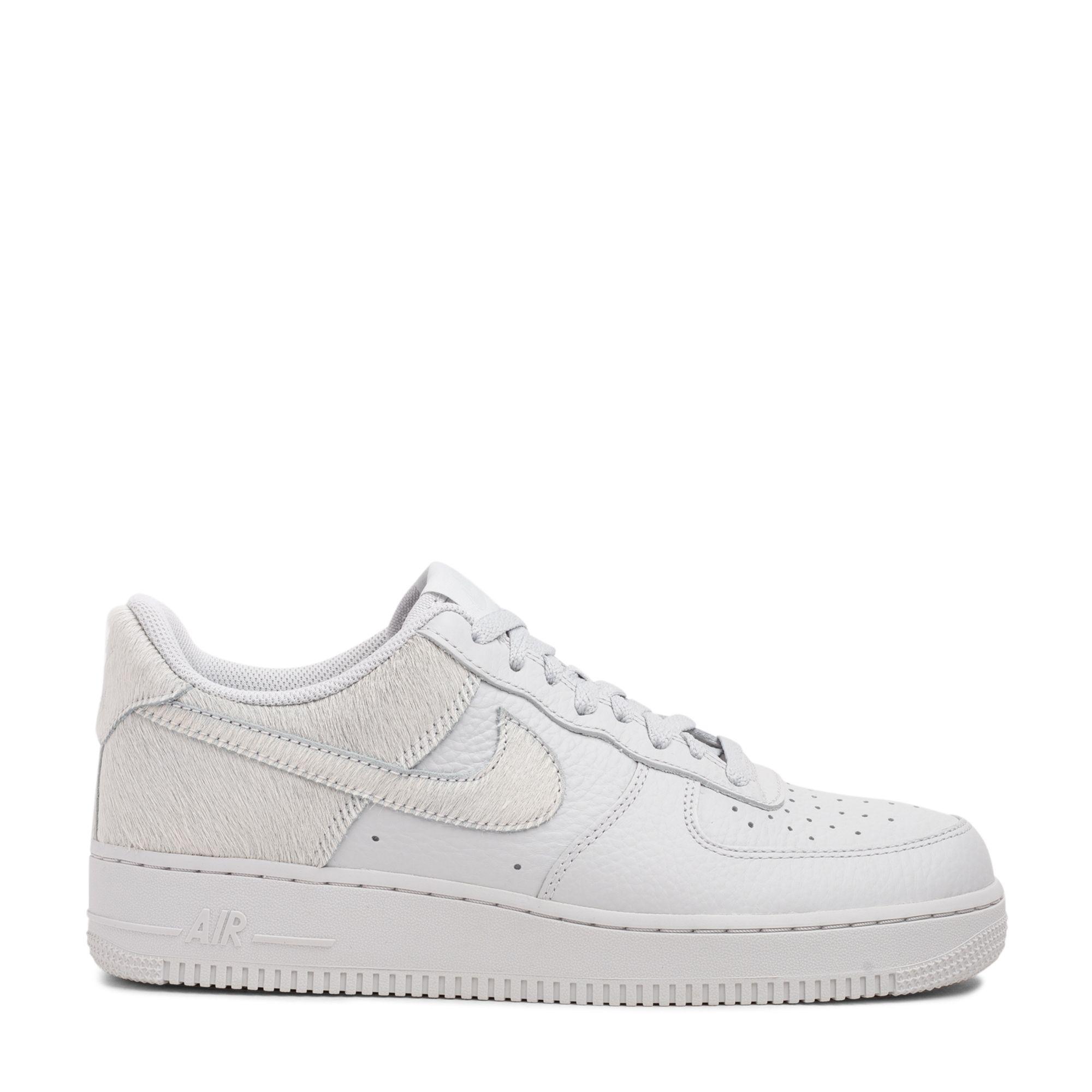 """حذاء إير فورس وان """"بوني"""" الرياضي"""