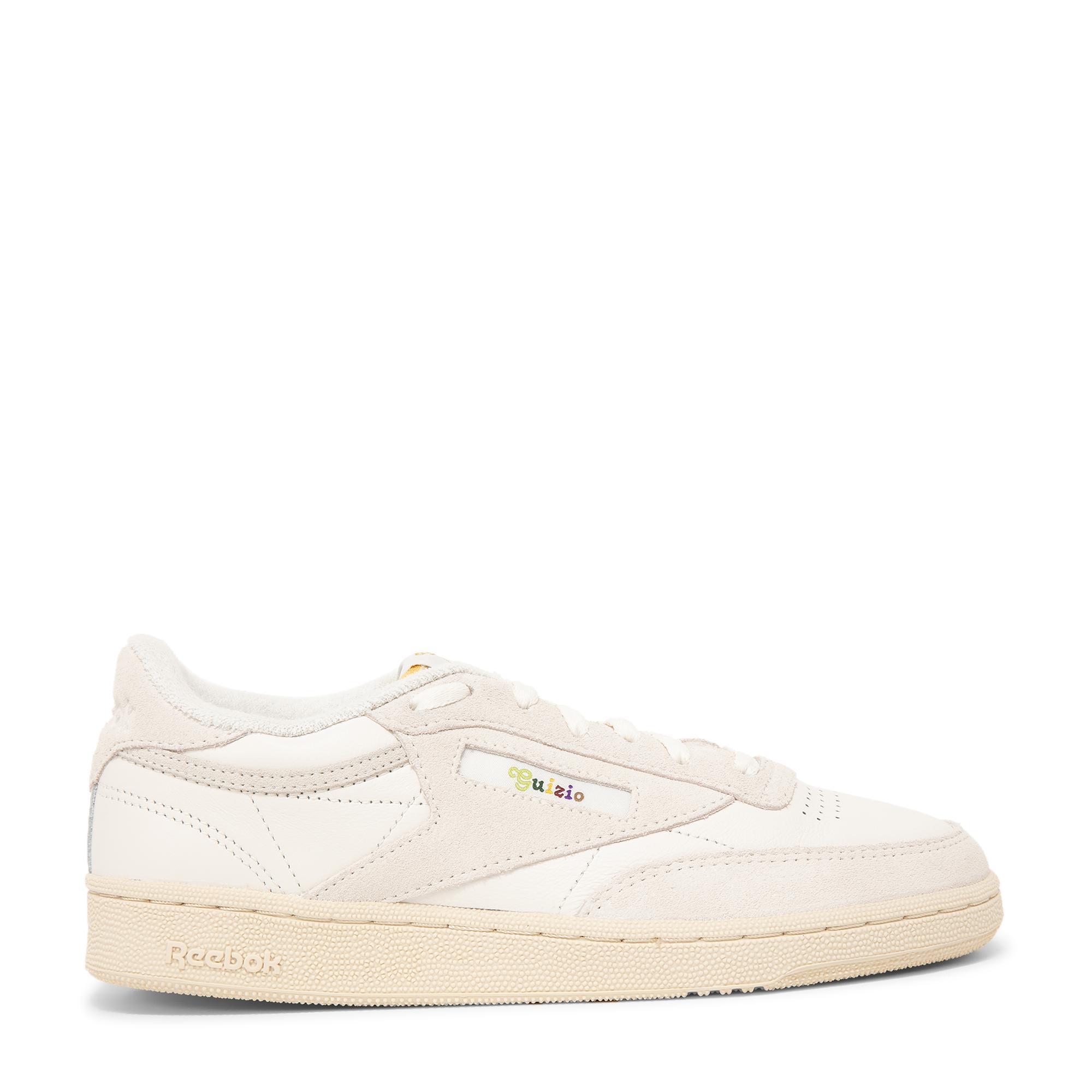 الحذاء الرياضي × دانييل جويزيو