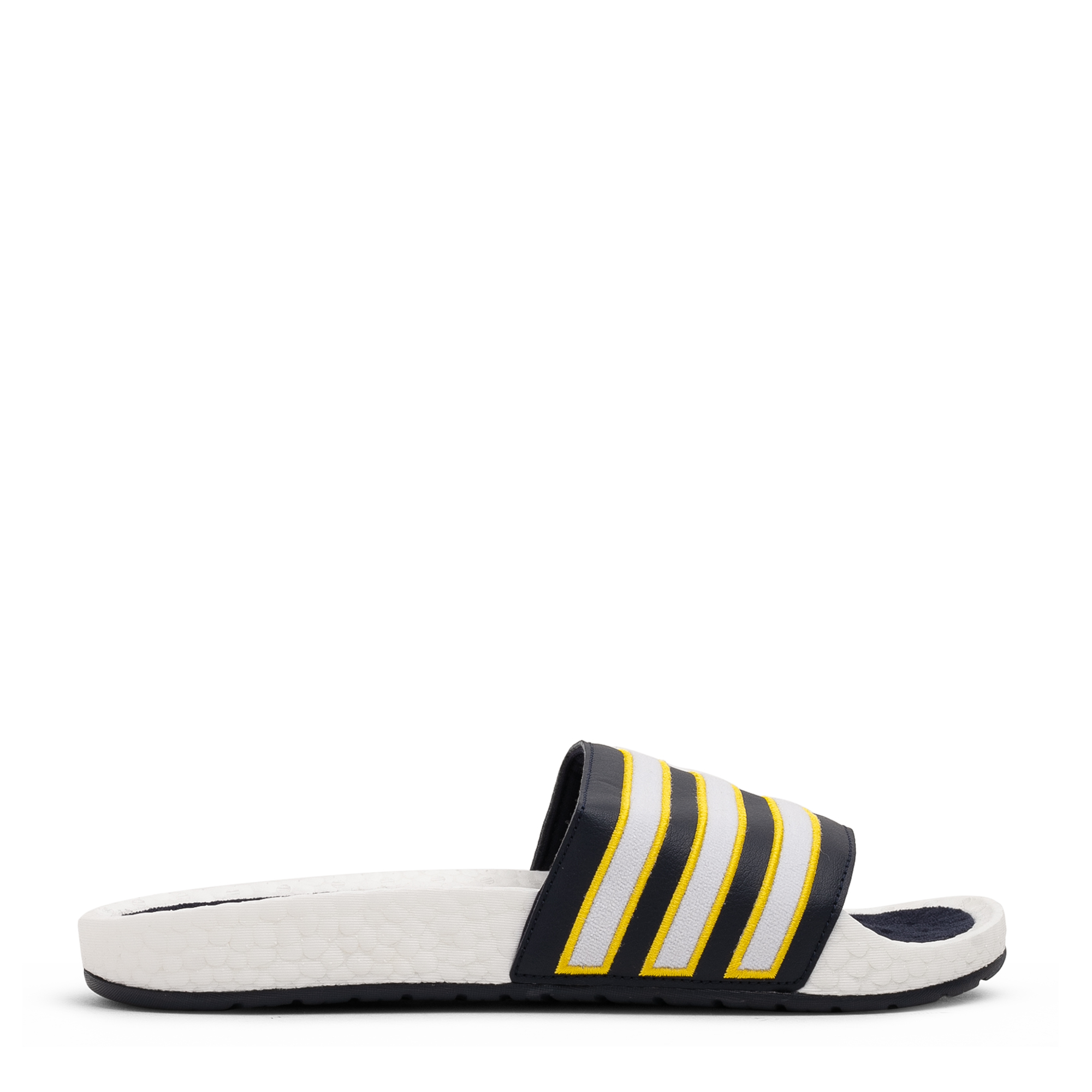 أحذية أديليت بوست المفتوحة