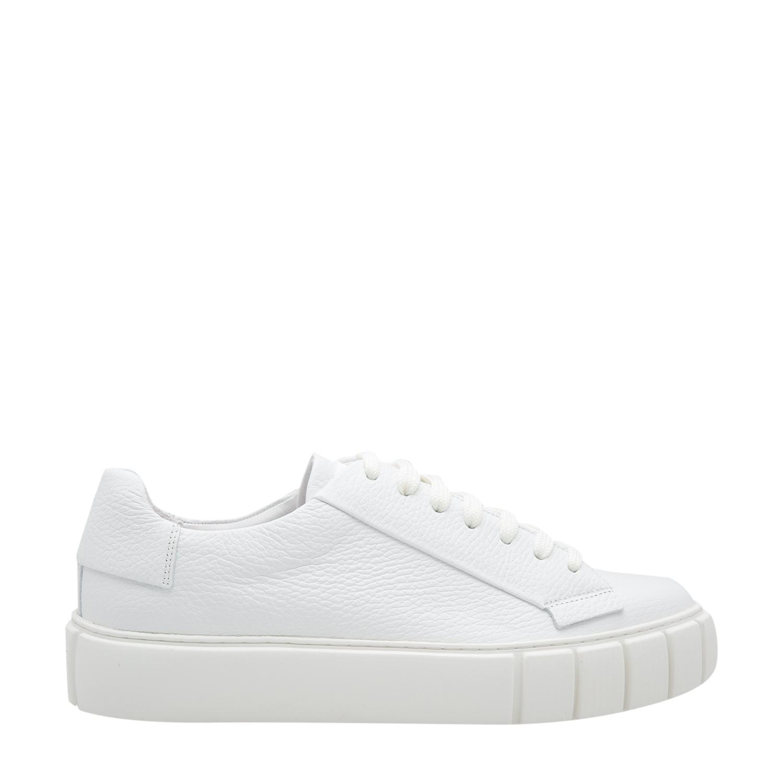 Dyo sneakers