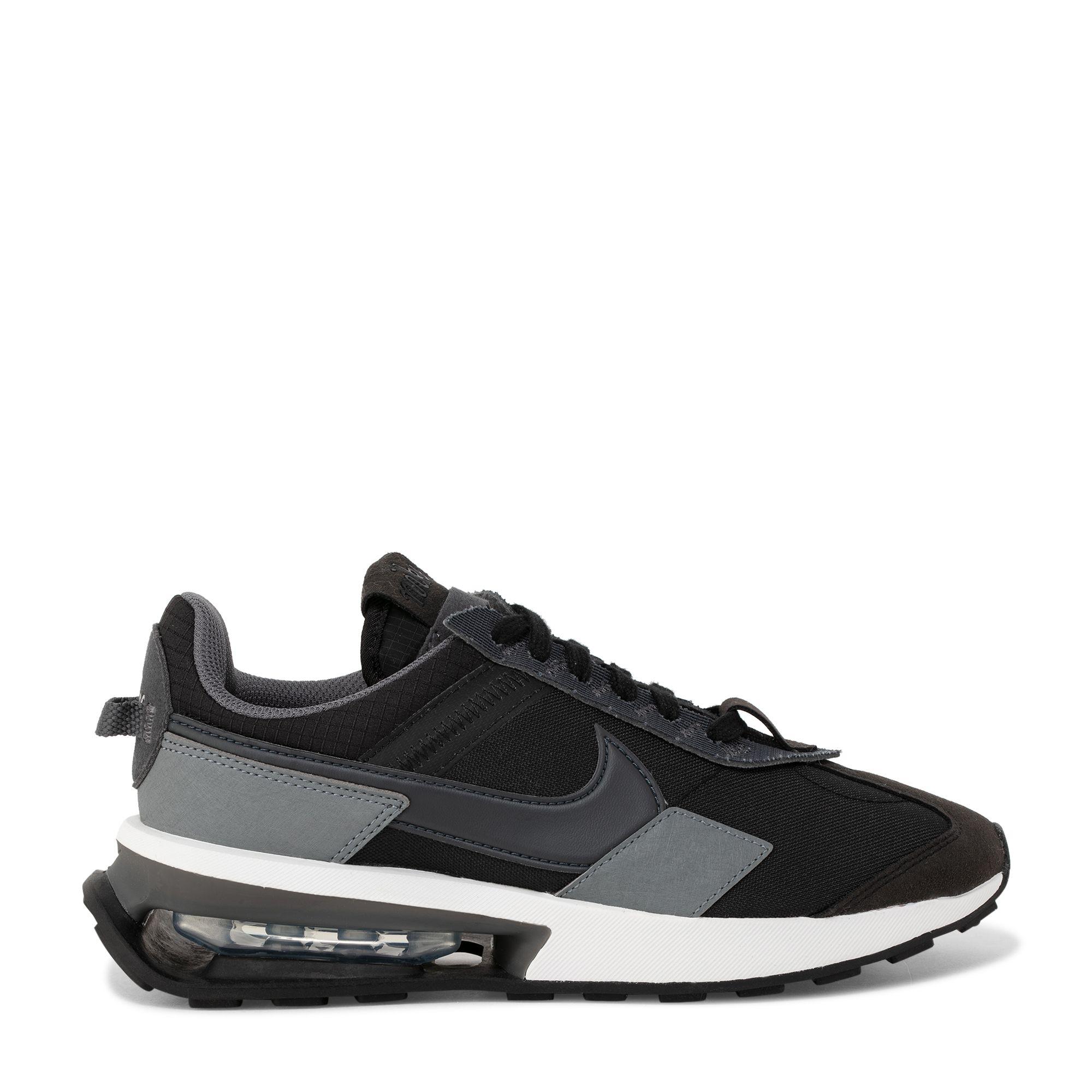 حذاء إير ماكس بري-داي الرياضي باللون الأسود